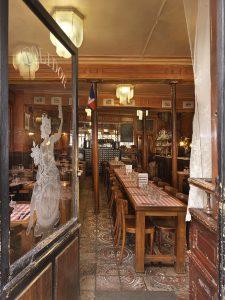 Entrée du Polidor, restaurant pas cher et historique de Paris