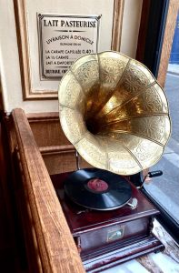 Phonograph at Polidor, historic restaurant in Paris